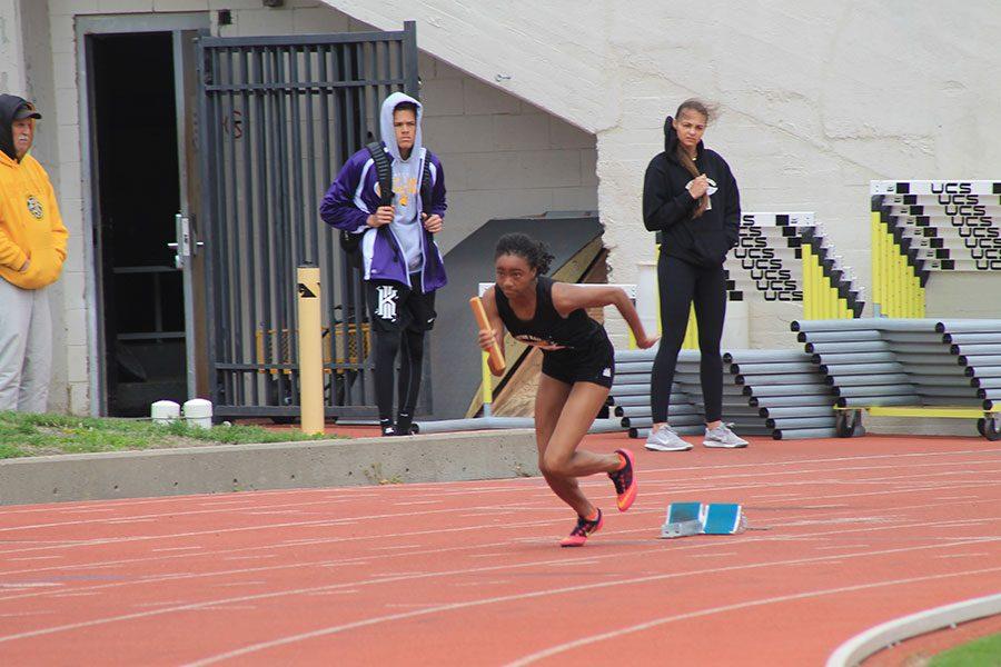 Varsity track runners prepare for pre-state, successful season