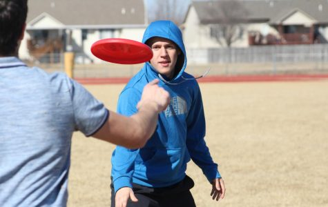 Ultimate Frisbee Club – March 2