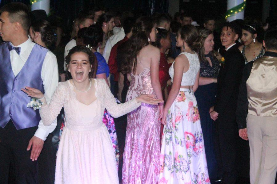 Senior+Magdalene+Tyner+dances+at+Prom.