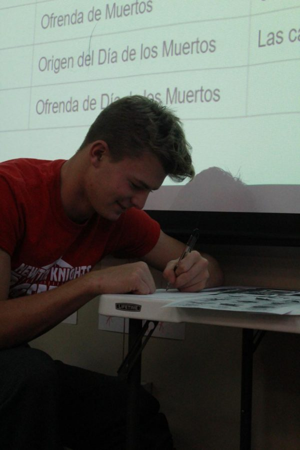 Sophomore Joel Franz works on a Spanish assignment.