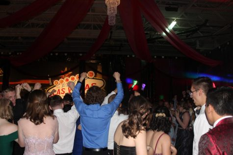 Typical NHS prom is hosted in Ravenscroft Gym, however, due to the current situation with the COVID-19 pandemic, this year