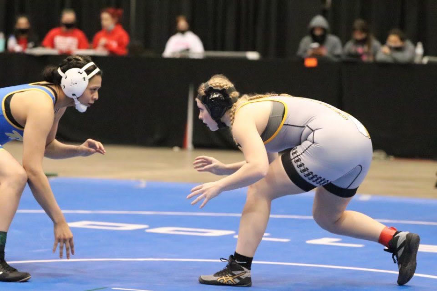 Murry becomes first NHS girls wrestling state placer