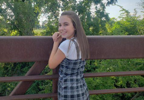Photo of Annika Yoder